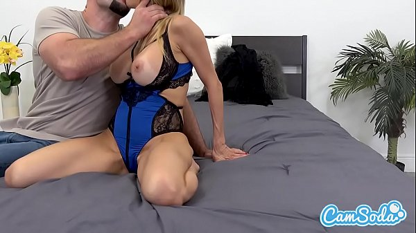 Alexis fawx, Young stud
