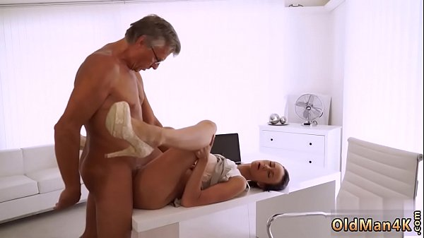 Mom anal, Anal mom, Old boss