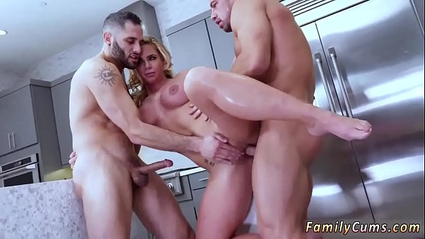Army, Masturbating mom